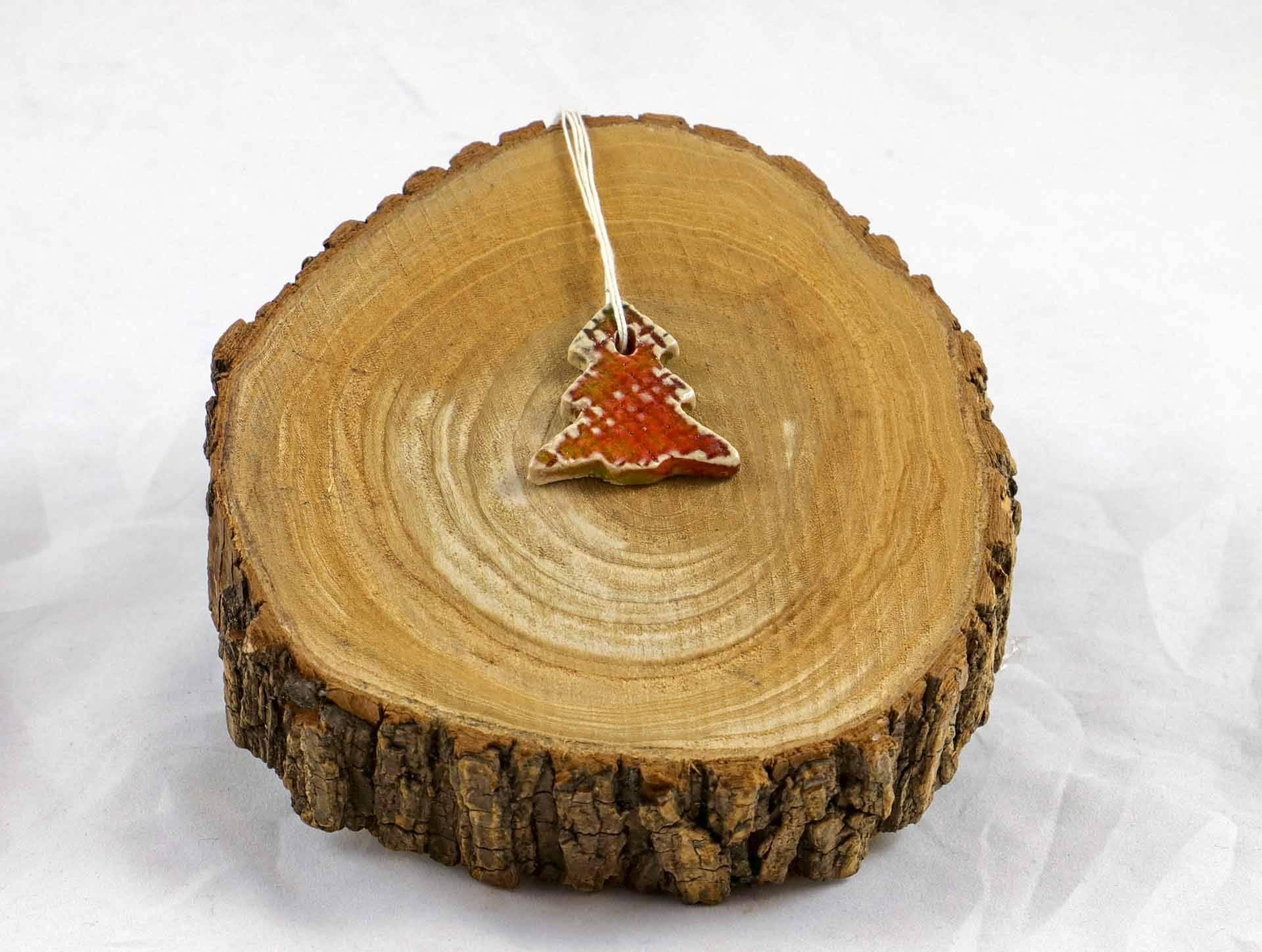 Petra Zobl Keramik - Geschenkanhänger Baum orange rot