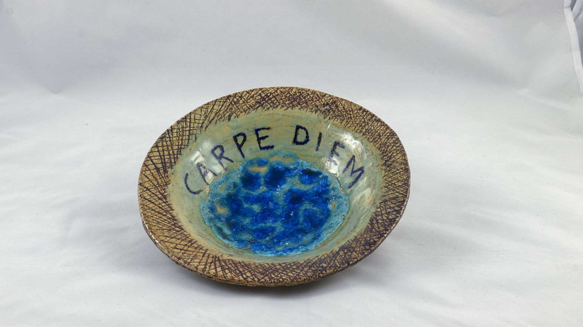 Petra Zobl Keramik - Schale Carpe Diem Manganspinell transparent geschmolzenes 1 Glas