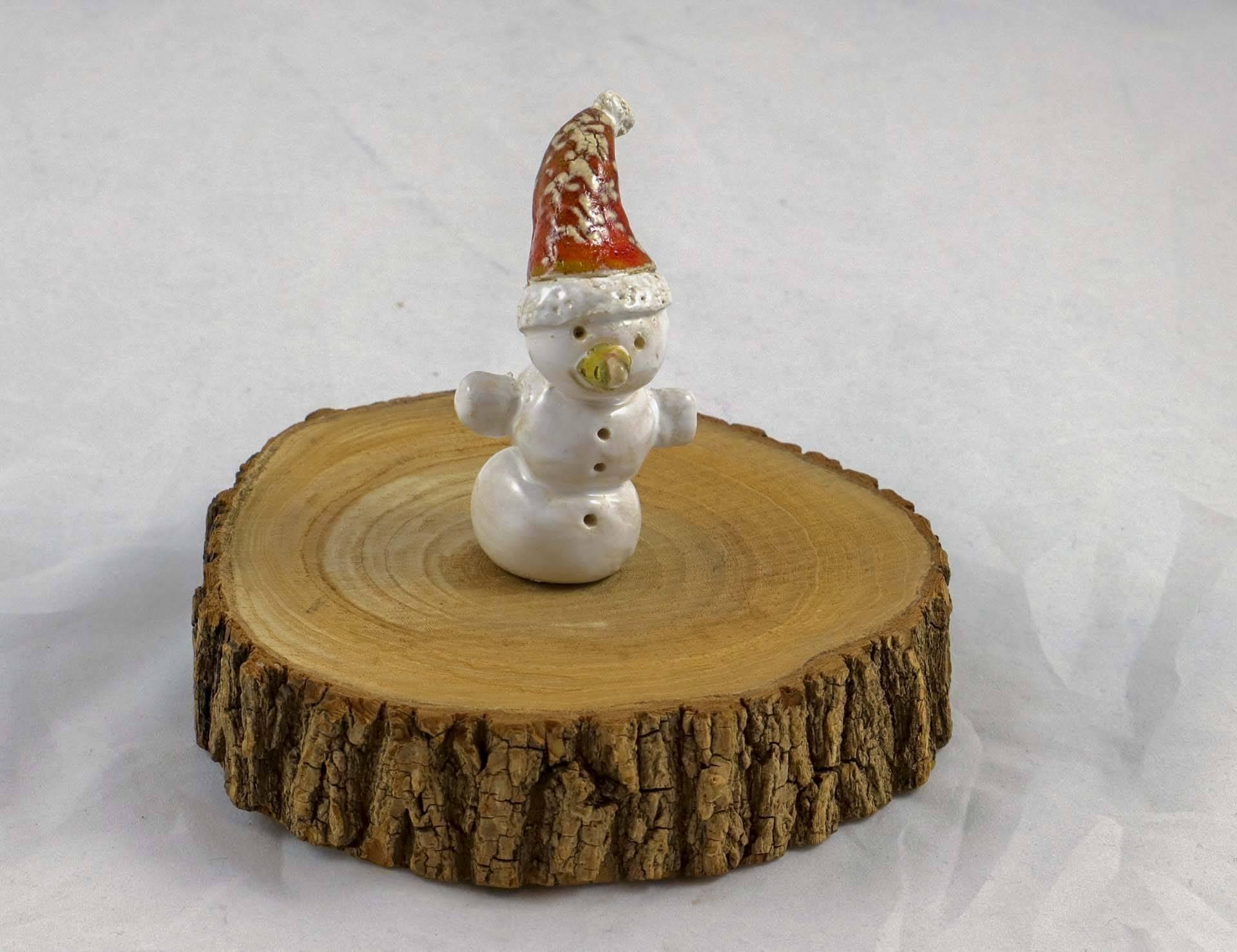 Petra Zobl Keramik - Schneemann mit Mütze