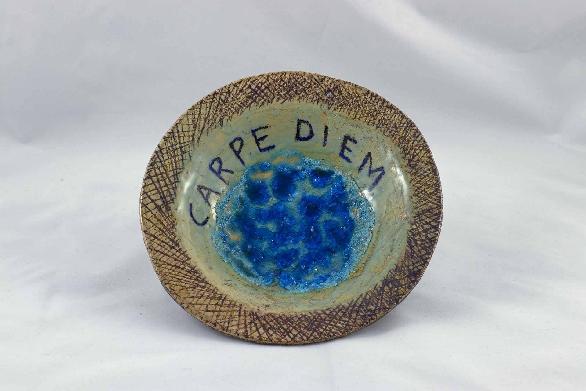 Petra Zobl Keramik - Schale Carpe Diem Manganspinell transparent geschmolzenes Glas 2